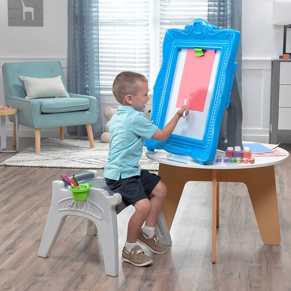 Step2 Masterpiece Easel