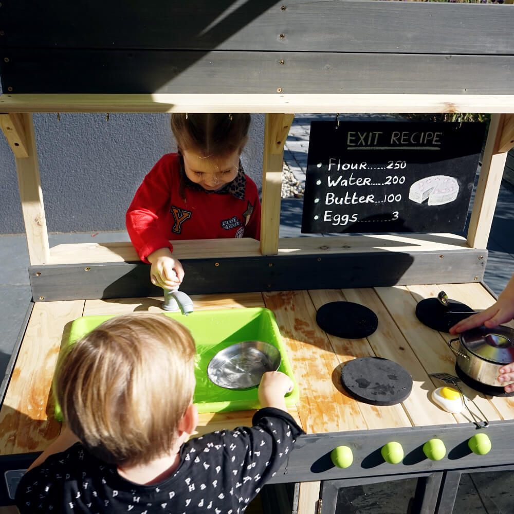 EXIT Toys Yummy 300 Outdoor Kitchen
